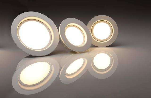 tři světla.jpg