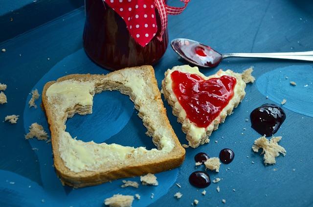 džem s chlebem